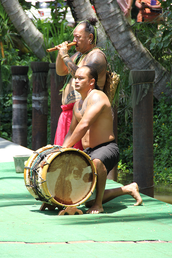 Chief Heifara, with the Hawaiian nose flute, and Kamuela Kapulekamehameha
