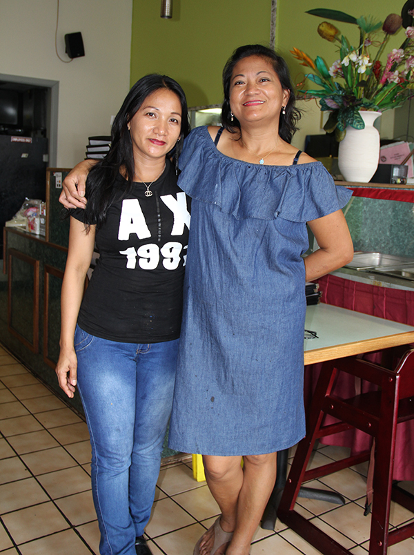 Kaua'i Family Café owners Gina Avella, left, and Eden Aladin.